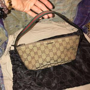 Gucci Monogram Ponchette